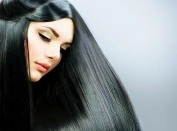 שמירה על החלקת השיער בקיץ